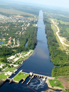 S-80, Connecting Lake Okeechobee to the St Lucie Canal or C-44