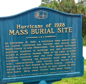 Historical marker of mass burial site, 1928 hurricane, Indiantown, near Port Mayaca. (Photo by Evie Flaugh)