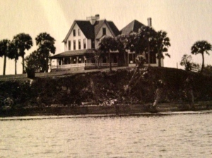 The Racey home on Mount Elizabeth, ca. 1892. (Photo courtesy of Thurlow photo archives.)