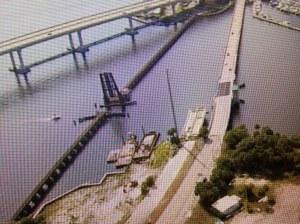 Aerial of old roosevelt Bridge, draw bridge for train, and the New Roosevelt Bridge. (Photo Jacqui Thurlow-Lippisch 2013.)