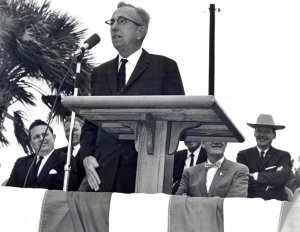 Ernie Lyons speaking, ca.1950 (Photo courtesy of Sandra Thurlow, Thurlow Archives)