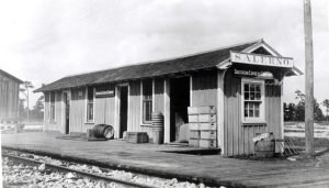 Salerno Depot, courtesy of Seth Bramson via Sandra Henderson Thurlow.