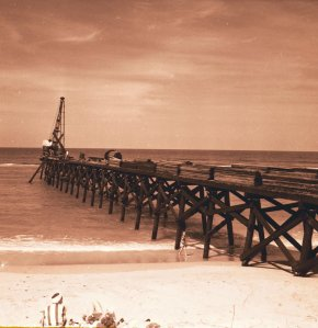 Rand's Pier 1957. Photo via Sandra Henderson Thurlow and Thurlow Archies.