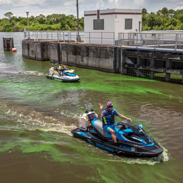 "stuart slime tour st lucie lock jet ski 1000 8586 In: John Moran's ""Florida's Summer of Slime: Stuart and Lake Okeechobee"" | Our Santa Fe River, Inc. | Protecting the Santa Fe River in North Florida"